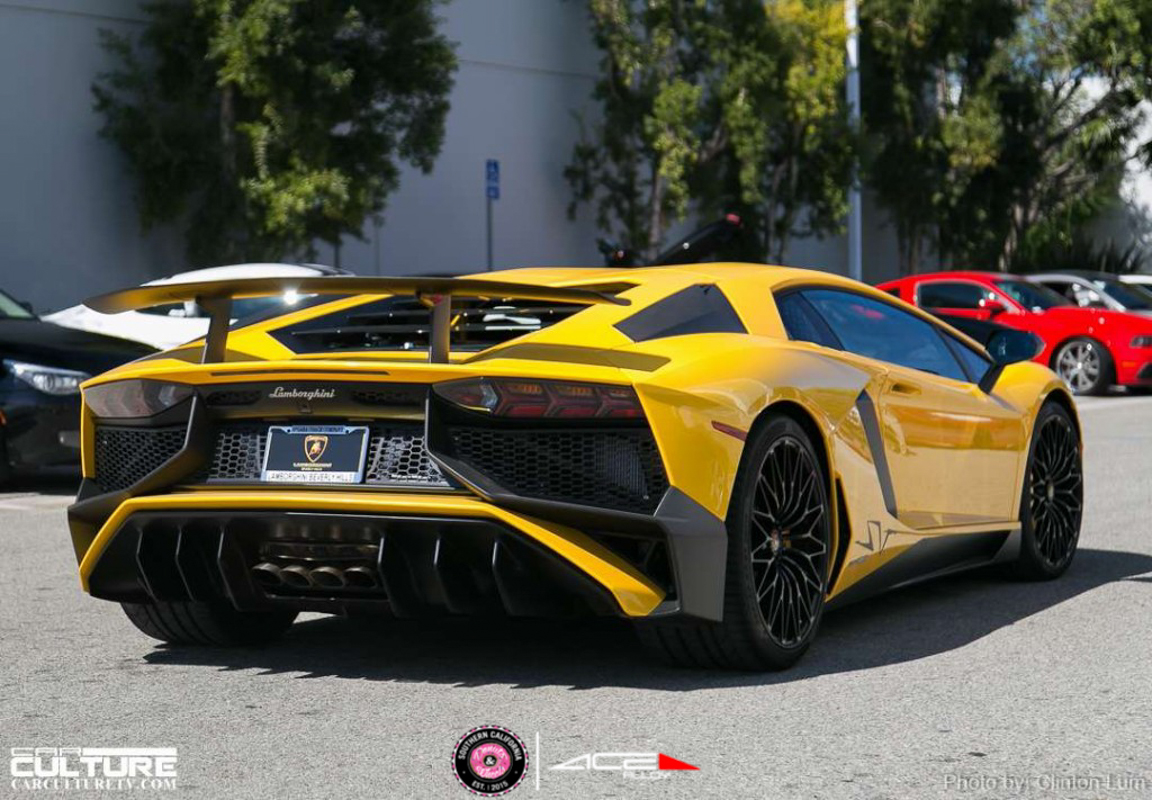 Donuts & Wheels 2015-Lamborghini AMF F206 Mica Grey with Machined Face