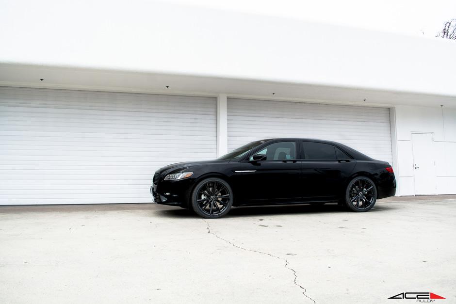 Return Of The Classic American Big Luxury 2017 Lincoln