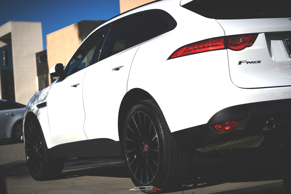 "ACE 22"" Devotion D718 Gloss Black Machined Aftermarket Wheels on White Jaguar F Pace"