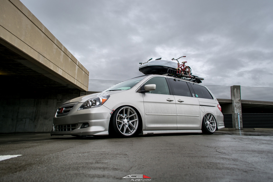 "ACE Flowform 20"" AFF02 V002 Brushed Clear Bagged Honda Odyssey Aftermarket Wheels"