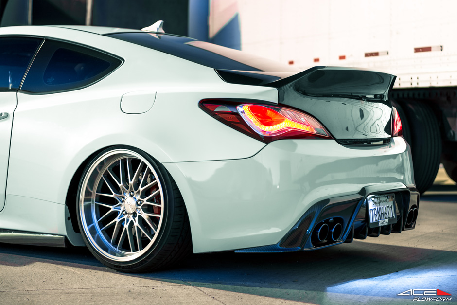 ACE_Flowform_AFF04_Silver_Machined_Lip_Bagged_2014_Hyundai_Genesis_Coupe