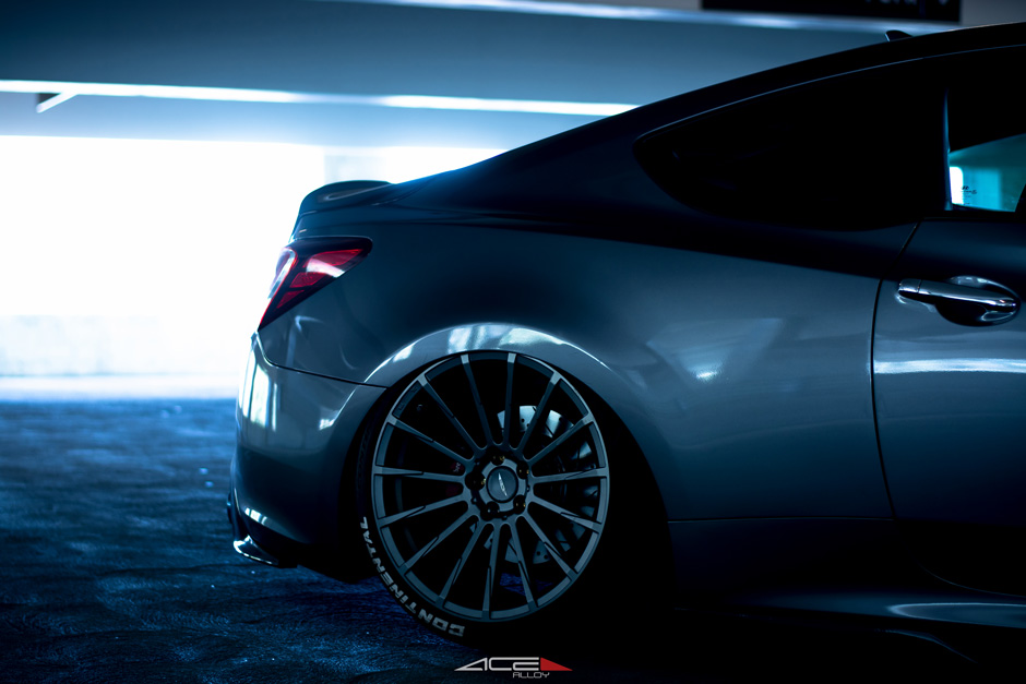 "ACE 20"" Devotion D718 Titanium Hyundai Genesis Coupe Bagged Aftermarket Wheels"