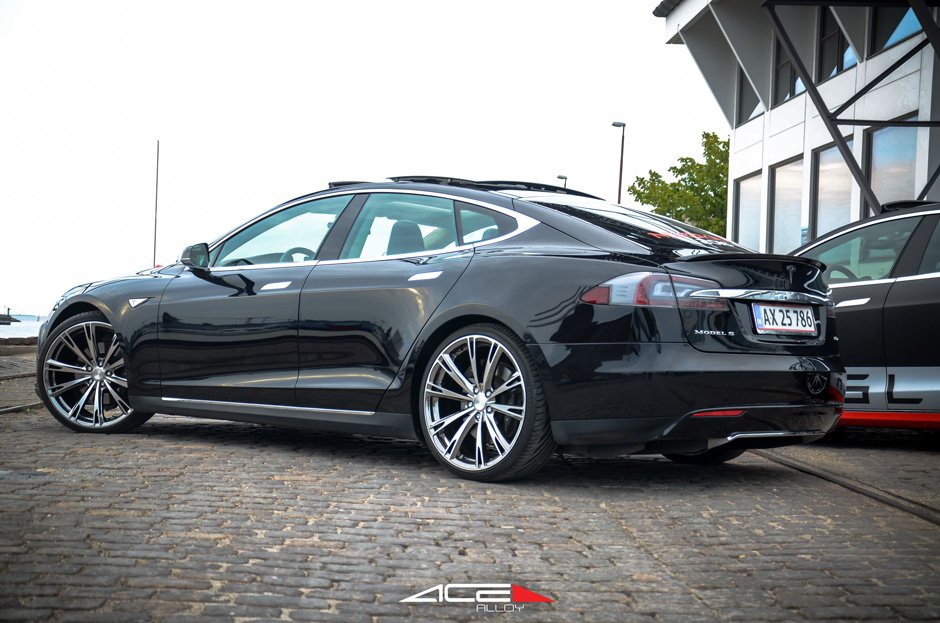 Tesla Model S | Aspire & Convex 22 Black Chrome ACE