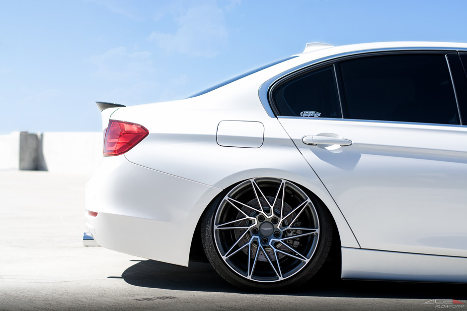 Ace-Alloy-Driven-D716-BMW-335i-Bagged