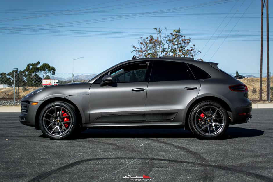 "ACE Flowform 20"" AFF02 V002 Custom Brushed Double Dark Tint Porsche Macan Aftermarket Wheels"