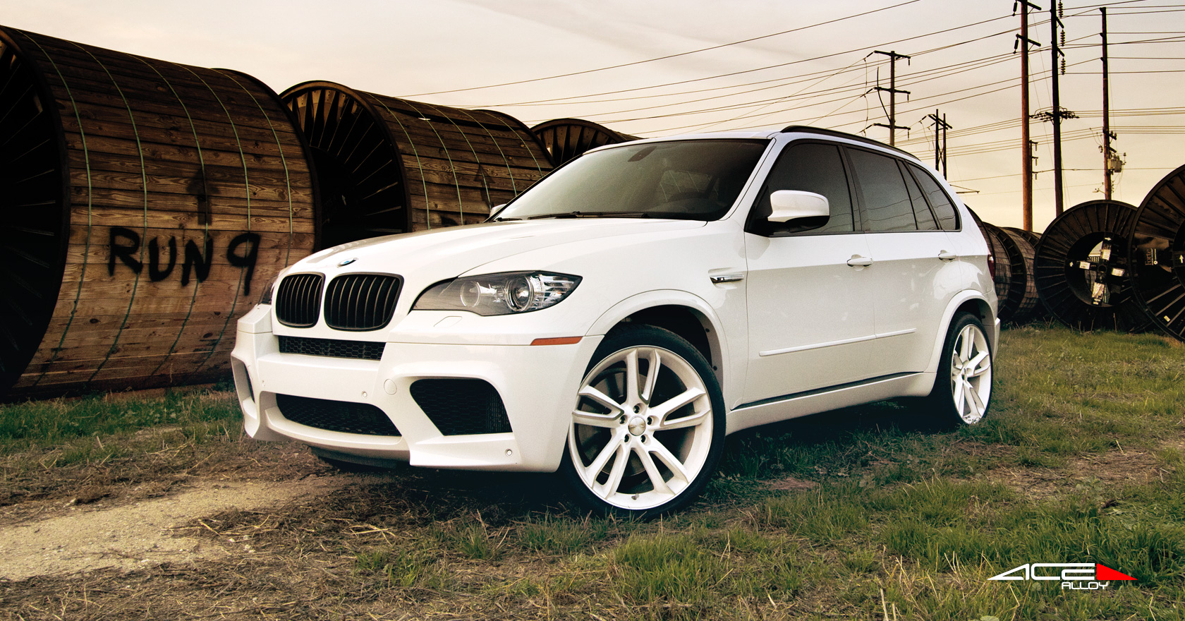 bmw x5 m series w 22 22x10 front 22x10 rear white machined face ace. Black Bedroom Furniture Sets. Home Design Ideas